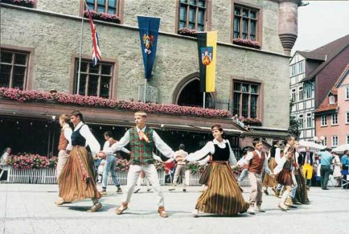 A display of traditional dancing in Göttingen's town square