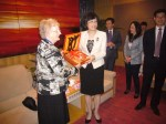 Mayor receiving gift from Weihai official - April 2012